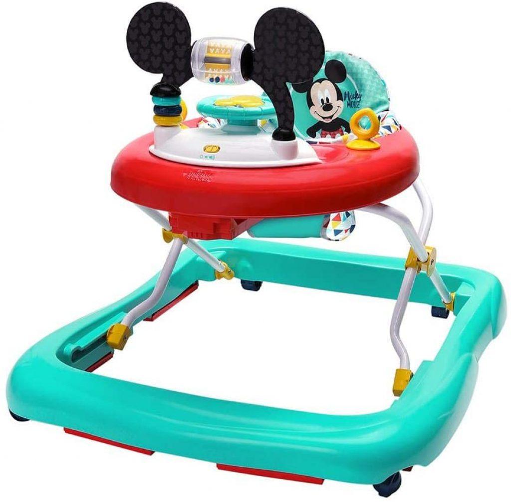 Le trotteur Mickey a un sublime design à l'effigie de la célèbre souris !