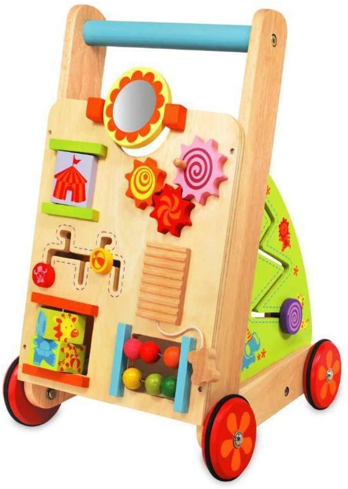 Le chariot de marche en bois I M TOY propose un grand nombre de jeux d'éveil pour votre enfant.
